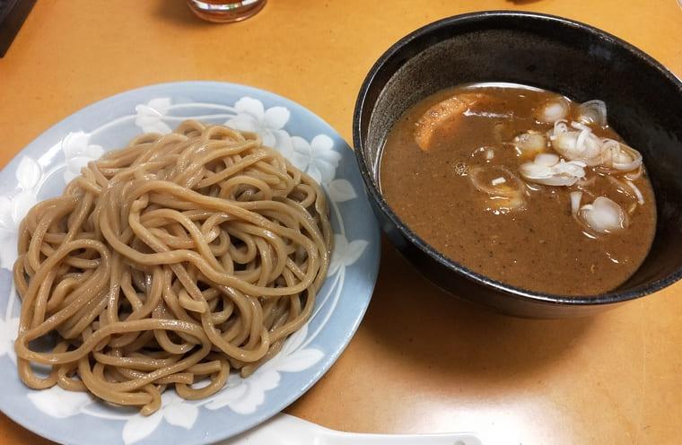 宅麺(とみ田盛り付け)