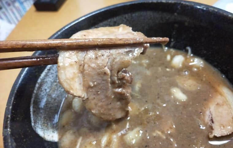 宅麺(とみ田の焼豚アップ)