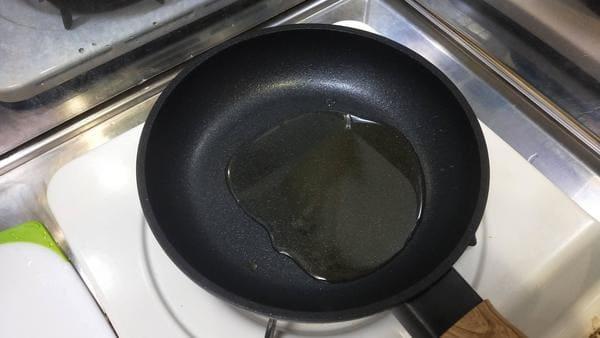 みそ唐揚げ(フライパンに油をひく)